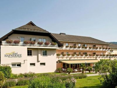 Photo for Holiday resort Sonnenhotel Hafnersee, Keutschach am See  in Wörthersee - 5 persons, 2 bedrooms