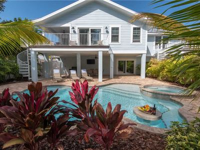 Private Heated Pool/Spa - in Holmes Beach - Dog Friendly!