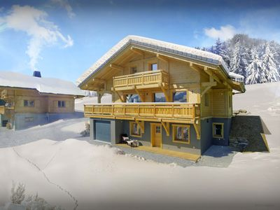 Photo for Spacious chalet for 11 with garden, near village and pistes - OVO Network