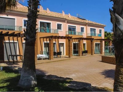 Photo for Excellent 2 Bedroom Villa for 6 people in Albufeira Free Wifi