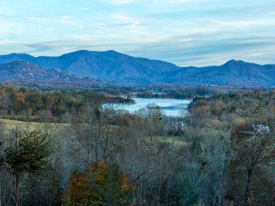 Photo for Luxurious Lake & Mountian views, Crows Nest a view to die for