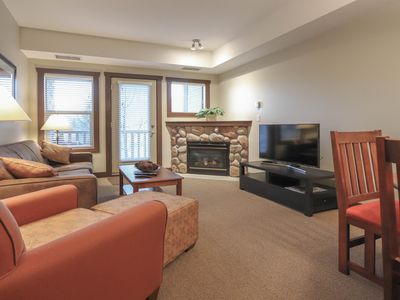 Photo for One Bedroom King Suite Condo. Hot tub, pool, etc. at Silver Rock
