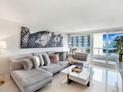 Doubletree Grand Hotel Biscayne Bay Vacation Rentals Condo And Apartment Rentals More Vrbo