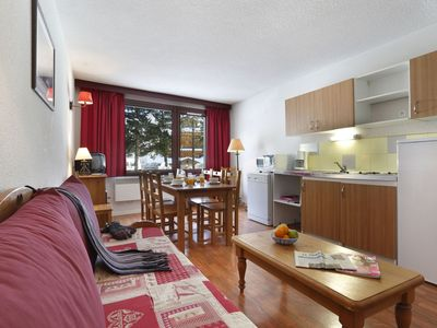 Photo for Cosy apartment for 6 people with WIFI, TV, balcony, pets allowed and parking