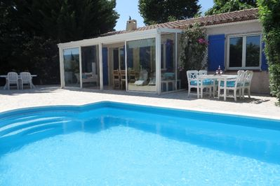 Detached villa with private swimming pool, enclosed garden and ...
