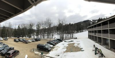 """Photo for Trail side condominium """"ski-in & ski-out"""", one bedroom, sleeps 6"""