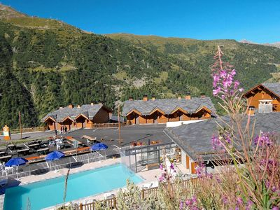 Photo for Nice residence with indoor swimming pool, near the piste in Valmeinier 1800