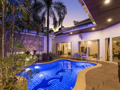 Photo for ★★★★★Luxury 3BR Privat Pool Villa in Phratamnak Soi 5 just 50m to the beach