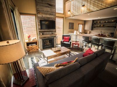 Close To Everything In Park City! Steps Away From Skiing & Bus Stop, Free WiFi