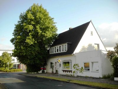 Photo for Town center, 10 km from Bremerhaven, shopping center and train station about 600 m