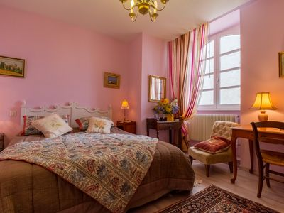 Photo for Room MAUVE, Bed and Breakfast Saint Roch, indoor heated pool