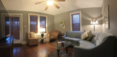 Living room with customer furniture and vintage details