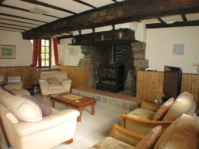 Photo for CHESTNUT COTTAGE FOUR BEDROOMED SLEEPS 11