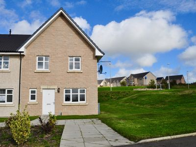 Photo for Modern end terrace house, Westhill, Aberdeenshire