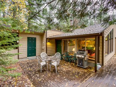 Photo for Gorgeous lodge w/ shared hot tub, pool & more - great location & 1 dog welcome