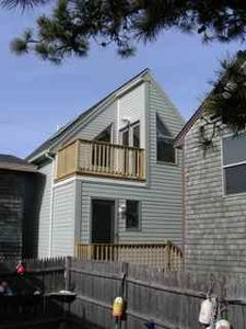 Lil House - Charming Cottage By the Sea ~ Pet Friendly