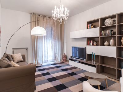 Photo for Dimora Repubblica bright and spacious apartment with 7 sleeps