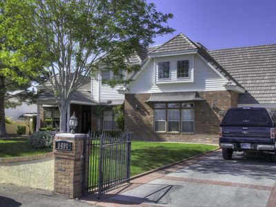 Photo for Spectacular Retreat, Close to Front Sight, On The Golf Course With Large Pool