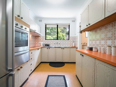 Photo for Bondi Beach HQ - 2 beds 3 min to SAND Fun and Food