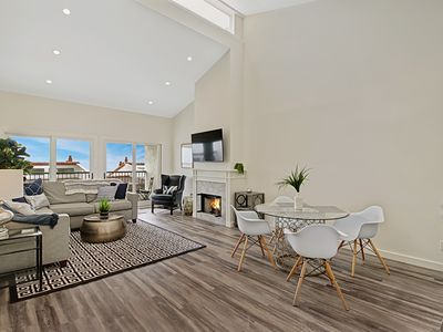 Photo for Leadbetter Beach Retreat - penthouse, impeccably remodeled, heated pool/spa!