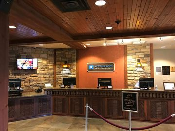 Glacier Canyon Lodge Wisconsin Dells Vacation Rentals Condo And Apartment Rentals More Vrbo Choose from various styles of hotel rooms, vacation villas, spacious condominiums and luxurious cabins. glacier canyon lodge wisconsin dells