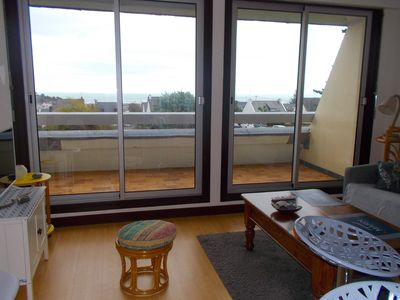 Photo for Bright studio with large balcony, beautiful sea view, quiet residence