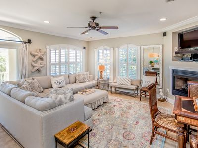Photo for Paradise on 30A - Private Beach Access w/ beach views! Community Pool!