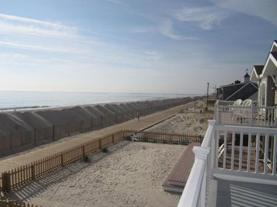 Photo for Oceanfront Beach House (Up)