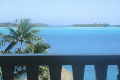 VIEWS OF THE LAGOON AND MOTUS FROM THE BALCONY
