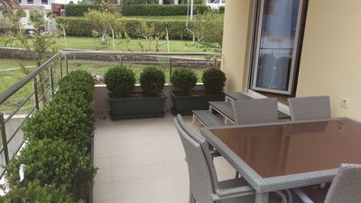 Deluxe 2 Bedroom Apartment with Terrace and Private Garage