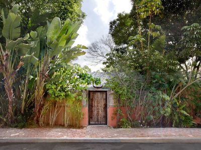 Photo for Exotic Bohemian Hollywood Hills Studio in a Tropical Setting