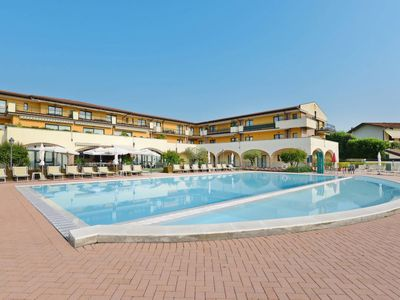 Photo for Apartment Residence Le Terrazze sul Lago (DES164) in Desenzano - 6 persons, 2 bedrooms