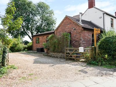 Photo for THE RAMBLERS' ANNEX, pet friendly in Mattishall, Ref 955349