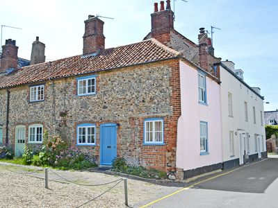 Photo for 2 bedroom accommodation in East Quay, Wells-next-the-Sea