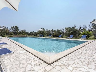 Photo for In a resort surrounded by greenery, with an 18-meter pool, ground floor room for 2 guests