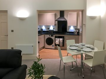 Modern Holiday Apartment in Central York - 2 min walk from York Minster