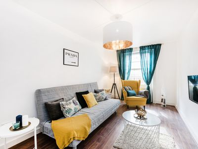 Photo for Q2 - Amazing apartment next to Tube Station and Hyde Park