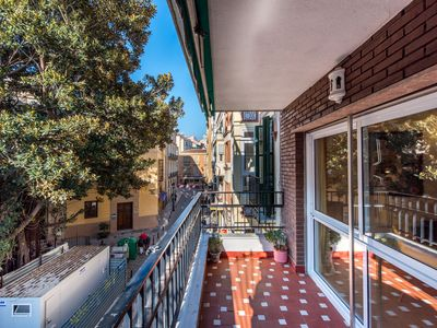 Photo for Air-Conditioned Apartment in Historic Centre with Balcony and Wi-Fi - Plaza del Teatro