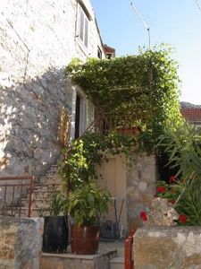 Photo for 2BR Apartment Vacation Rental in Pitve, Dalmatien