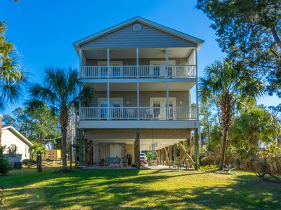Photo for Beautiful Large 6 Bedroom 4 Bath Waterway Home in North Myrtle Beach - Sea T's