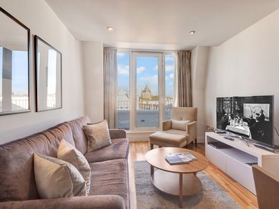 Photo for Wonderful 2bed Apartment in Kensington, Chelsea*****