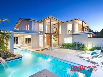 Photo for 20 Wesley Court, Noosa Sound