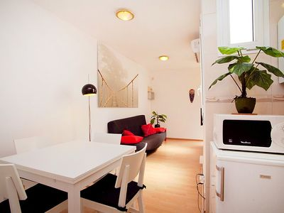 Photo for Apartment 1.4 km from the center of Barcelona with Lift, Internet, Washing machine, Air conditioning (88943)