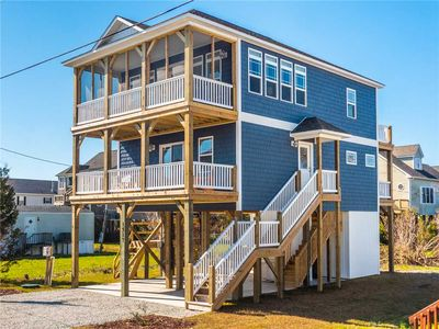 Photo for Turtle Cove: 4 BR / 3 BA Beautiful Home in North Topsail Beach, Sleeps 12