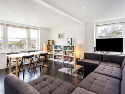 Photo for AG1 Notting Hill flat with amazing roof terrace