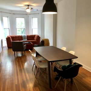 Photo for Amazing Apt in Duplex near McCormick Place/Loop