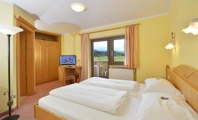 Photo for Cozy newly furnished double room with balcony, in country house Marie