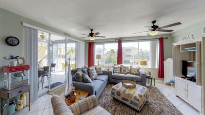 Photo for Bright and cheery family-friendly home w/soaking tub, dock access, & ocean views