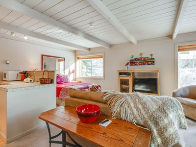 Photo for Recently updated, close to skiing, w/ shared pools and hot tubs!