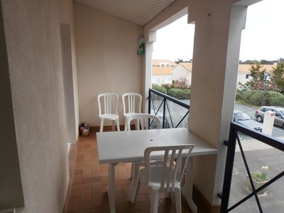 Photo for Bright apartment, all comfort with direct access to the beach in 2 minutes walk